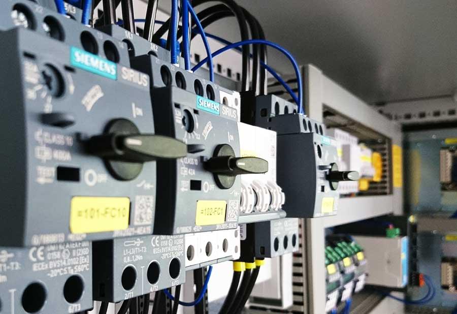 GHR-Schaltanlagen-Service-Fertigung