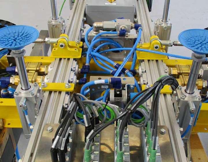 GHR-Schaltanlagen-Robotertechnik
